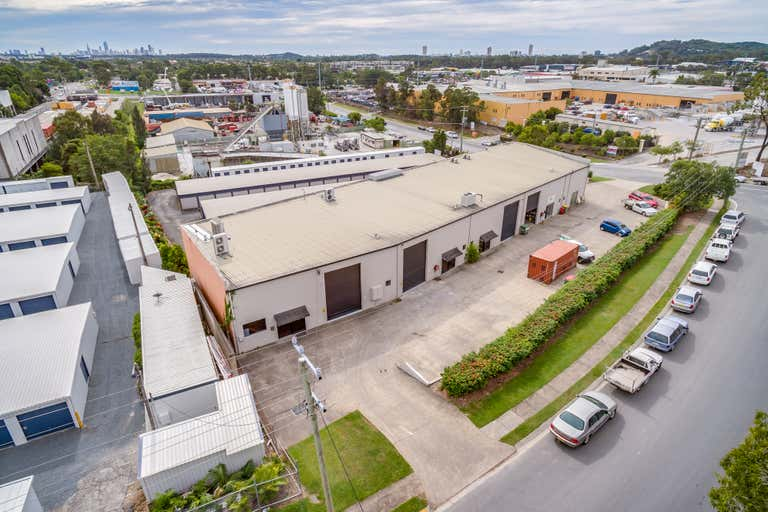 1/1 Bee Court Burleigh Heads QLD 4220 - Image 1