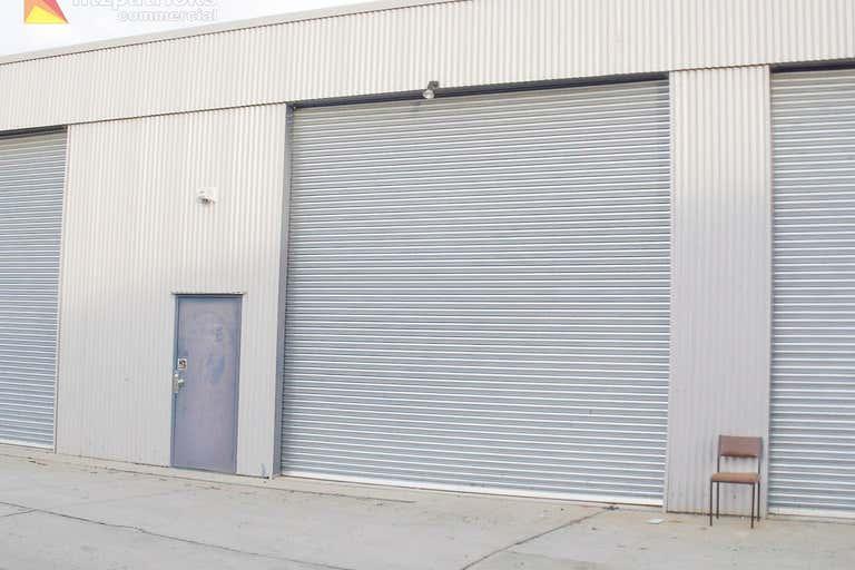 4/23 Copland Street Wagga Wagga NSW 2650 - Image 3