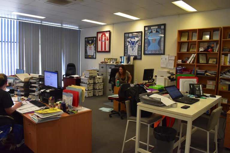 Unit 3, 53-55 Governor Macquarie Drive Chipping Norton NSW 2170 - Image 4