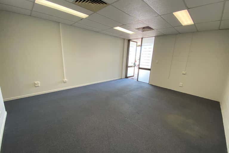 Suite 4, 52 Macalister Street Mackay QLD 4740 - Image 3