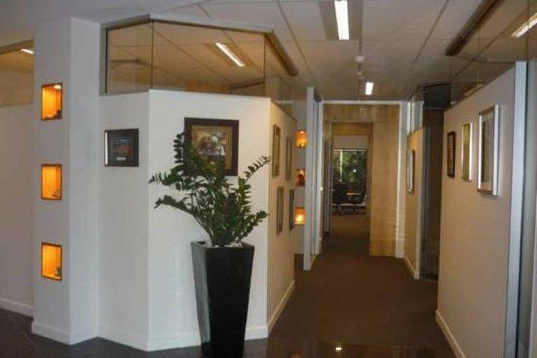 Building 8, 2404 Logan Road Eight Mile Plains QLD 4113 - Image 4