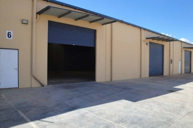 5/24  SOUTH TREES Gladstone Central QLD 4680 - Image 1