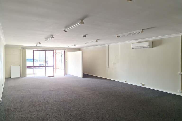 8/221 Lennox Street Maryborough QLD 4650 - Image 3