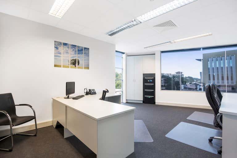 Office 4, 1/21 Lake Street Varsity Lakes QLD 4227 - Image 1