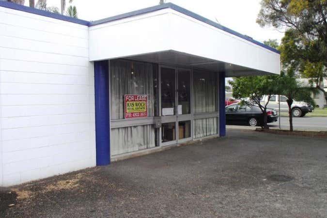 34 MAIN STREET Park Avenue QLD 4701 - Image 2
