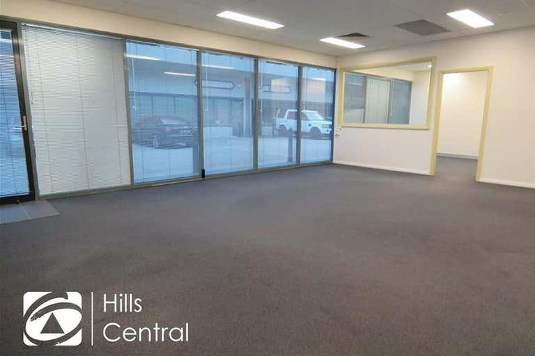 22/9 Hoyle Avenue Castle Hill NSW 2154 - Image 2