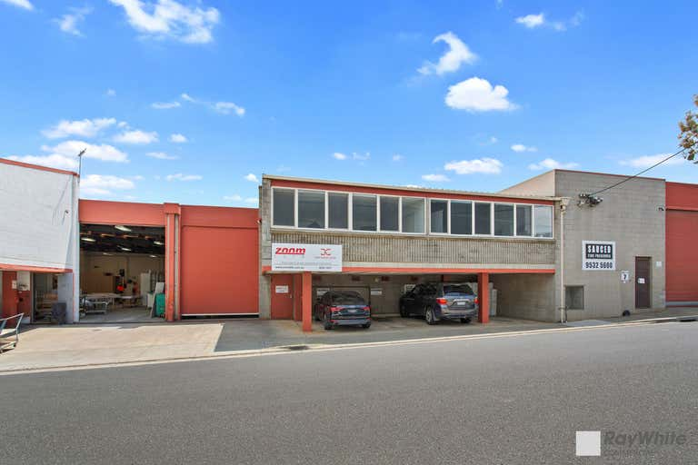 3/7 Levanswell Road Moorabbin VIC 3189 - Image 2