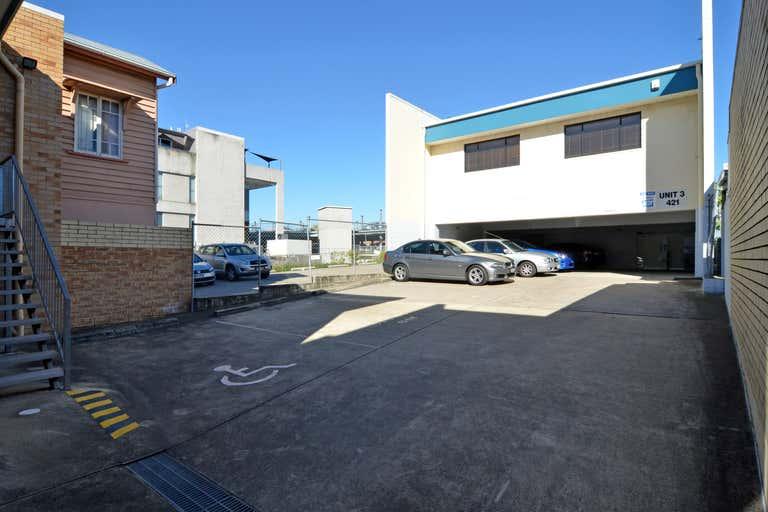 2/421 Logan Road Stones Corner QLD 4120 - Image 2