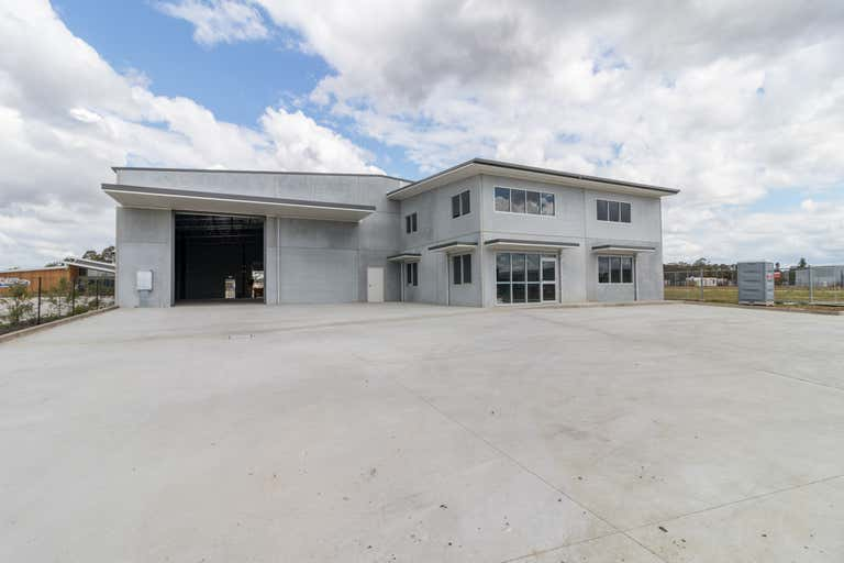 73 Mustang Drive Rutherford NSW 2320 - Image 2