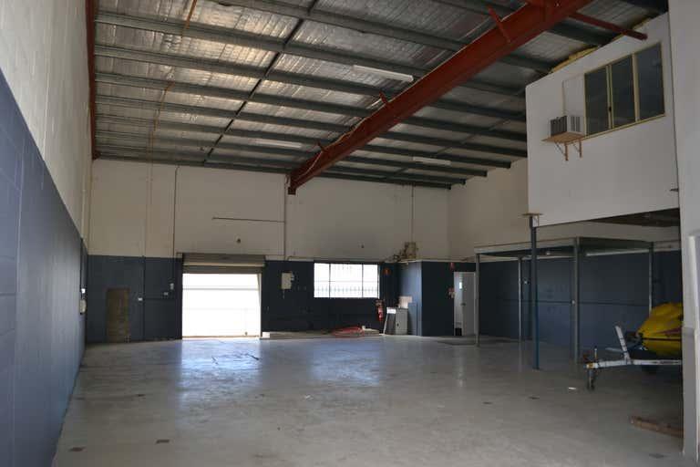 5-1/5 Pirelli Street Southport QLD 4215 - Image 3