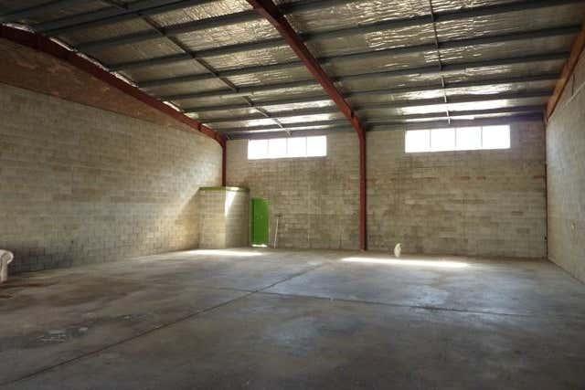 Bay 2, 4 Coolabah Drive Taree NSW 2430 - Image 4