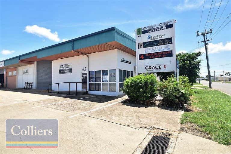 1/42 Keane Street Currajong QLD 4812 - Image 2