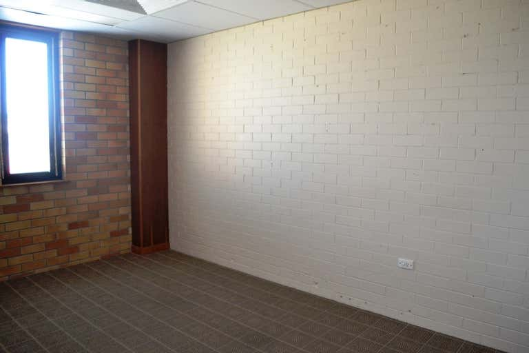 3/477 Ruthven Street Toowoomba City QLD 4350 - Image 3