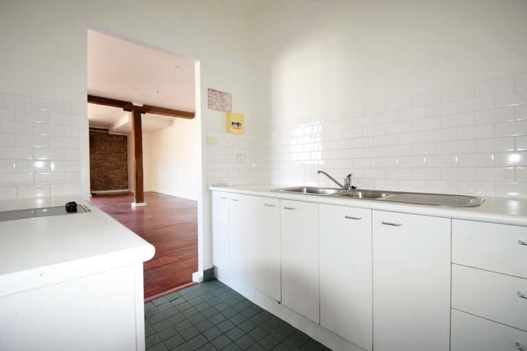 202/27 ABERCROMBIE Street Chippendale NSW 2008 - Image 4