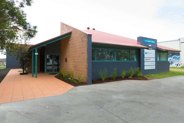 2a/10 Centennial Cct Byron Bay NSW 2481 - Image 4