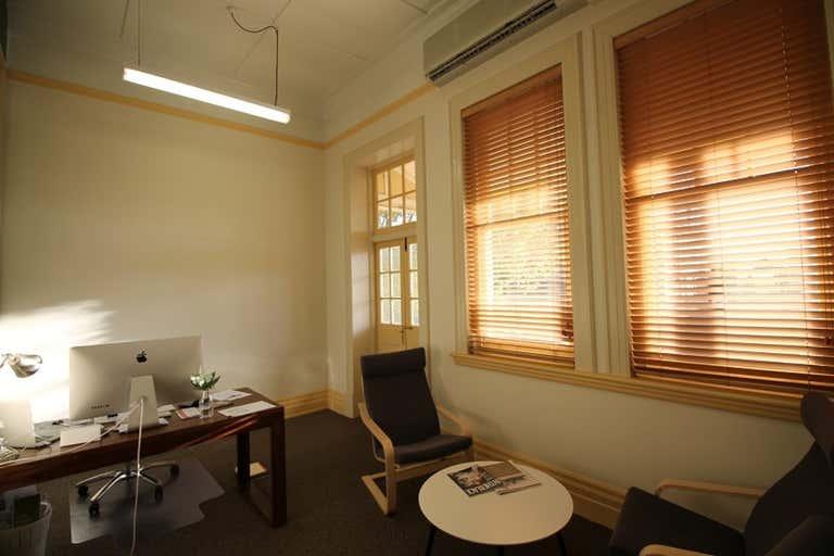 4/124 Margaret Street Toowoomba City QLD 4350 - Image 2