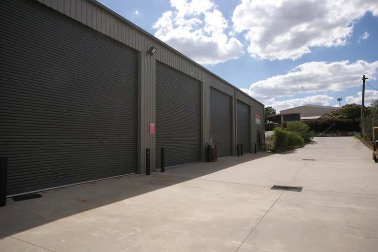 2/30 Annette Crescent Lavington NSW 2641 - Image 4