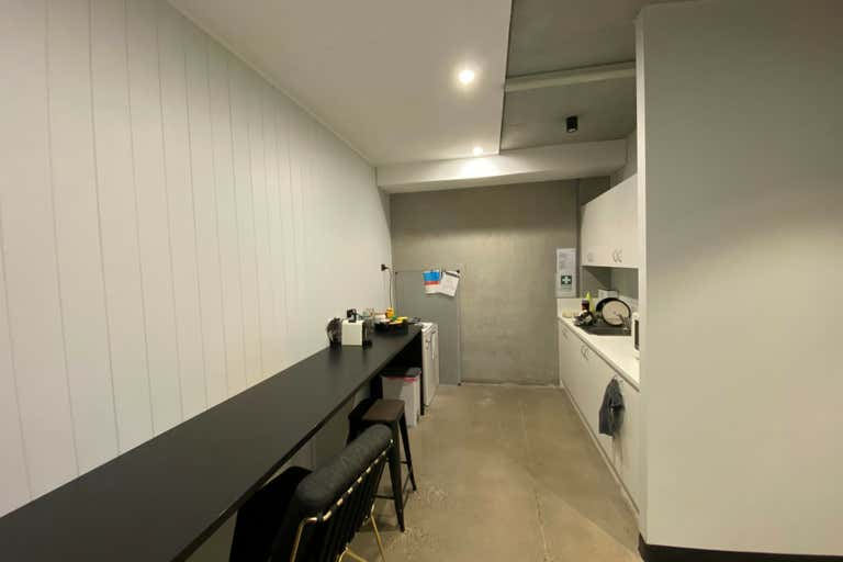 Unit 11, 18 Wurrook Circuit Caringbah NSW 2229 - Image 4