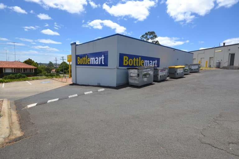Shop 17 / 8 Hume Street North Toowoomba QLD 4350 - Image 2