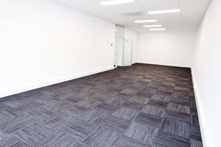 Upstairs Suite 3, 157-159 Baylis Street Wagga Wagga NSW 2650 - Image 2