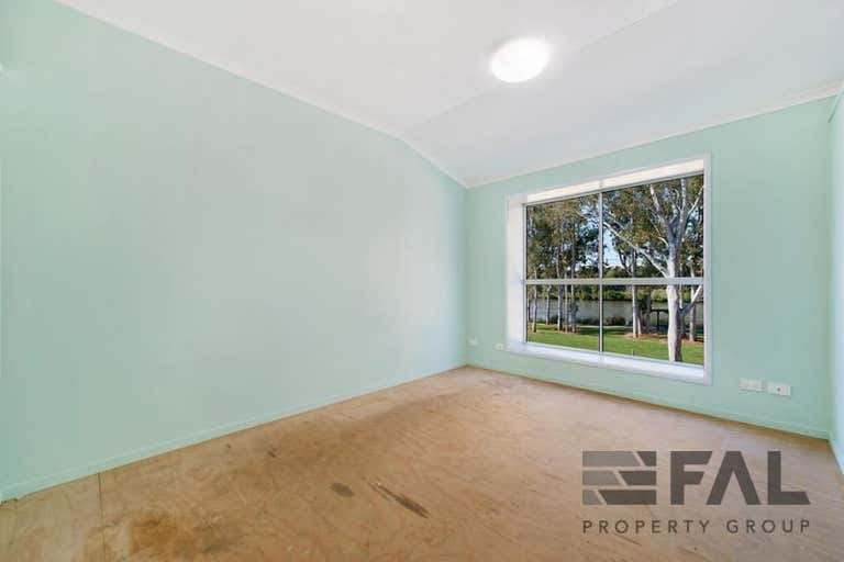 Unit  2, 46 Counihan Road Seventeen Mile Rocks QLD 4073 - Image 3