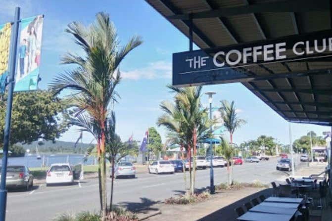 30-32 Fitzgerald Esplanade Innisfail QLD 4860 - Image 2