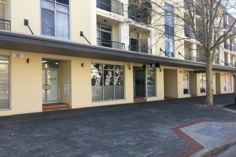 76/20 Royal Street East Perth WA 6004 - Image 2