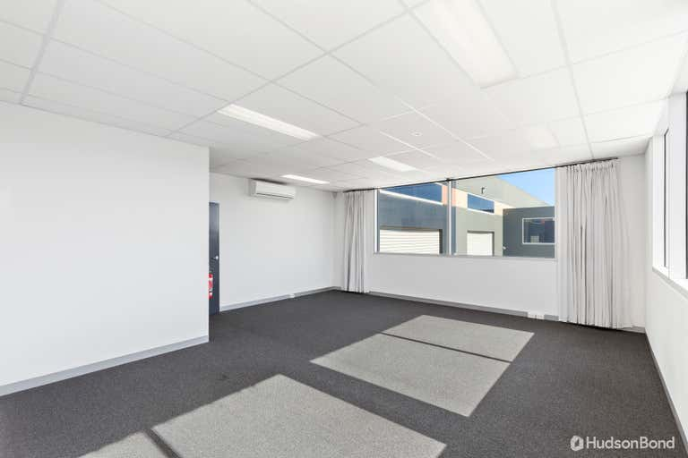 14/23A Cook Road Mitcham VIC 3132 - Image 4