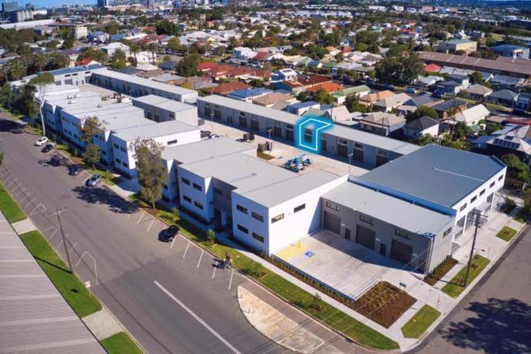 Unit 25, 33 Darling Street Carrington NSW 2294 - Image 1