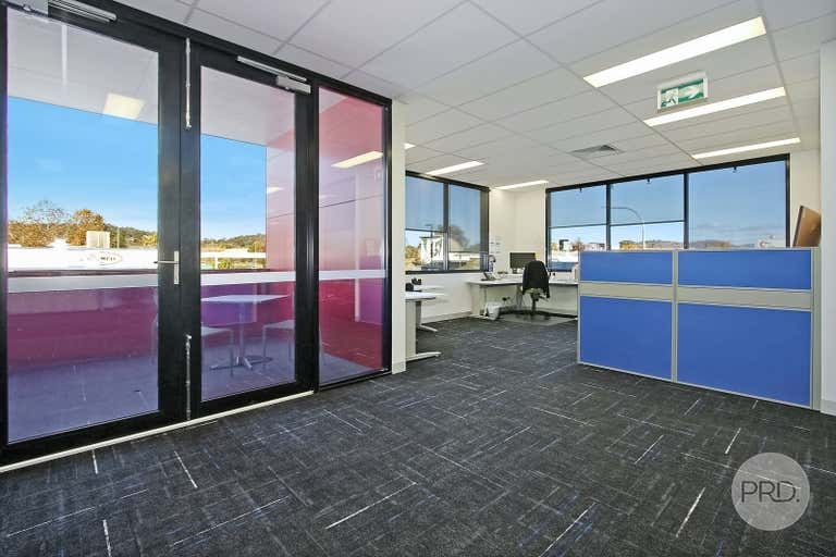 Suite 4, FF / 526 Macauley Street Albury NSW 2640 - Image 4
