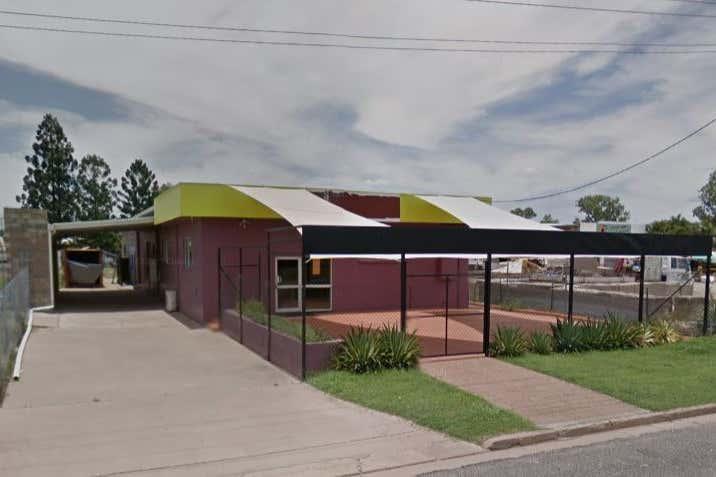 1 Douglas Street Emerald QLD 4720 - Image 2