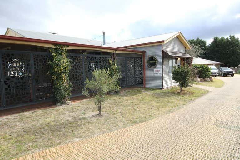 80 High Street Stanthorpe QLD 4380 - Image 2