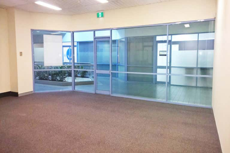 Suite 9 / 104 Crown Street Wollongong NSW 2500 - Image 2