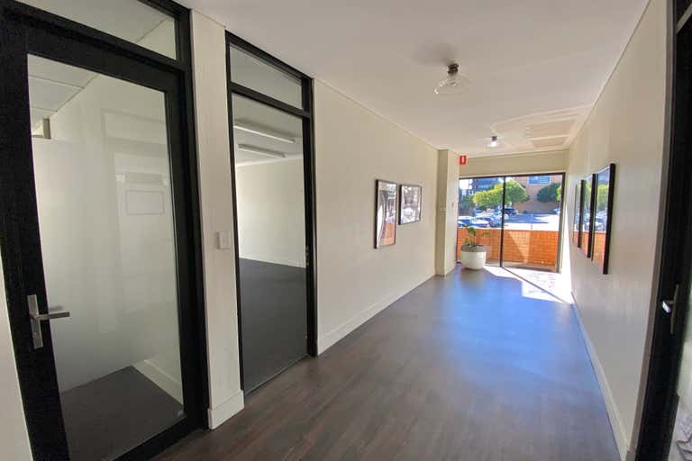 Suite 7/113 Scarborough Street Southport QLD 4215 - Image 3