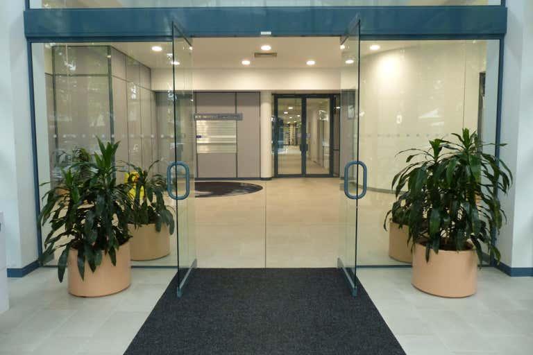 Suite 8A, 620 Macauley Street Albury NSW 2640 - Image 1