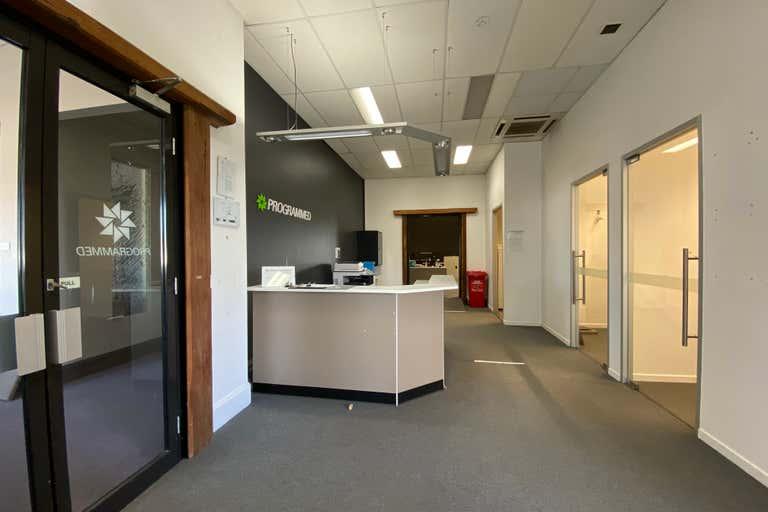 Suite 6/2 Lady Penrhyn Drive Unanderra NSW 2526 - Image 2