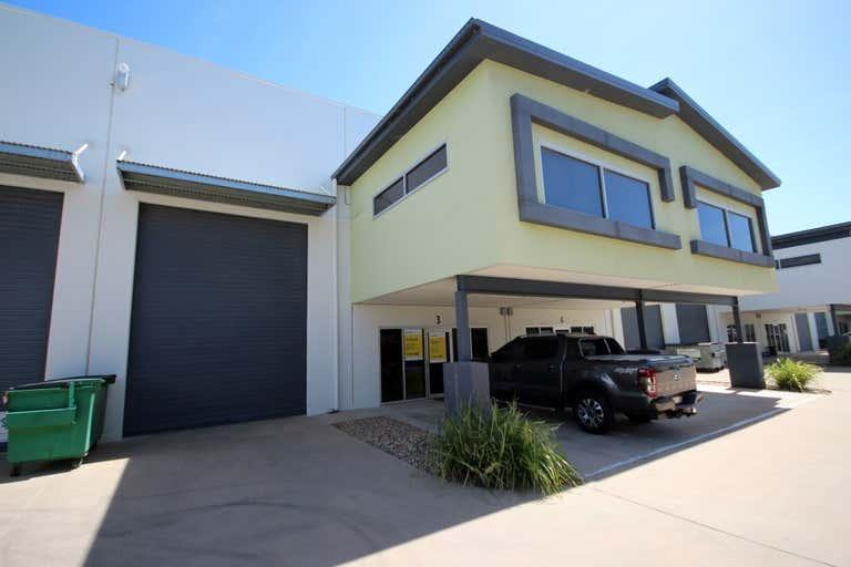 Unit 3, 585 Ingham Road Mount St John QLD 4818 - Image 1