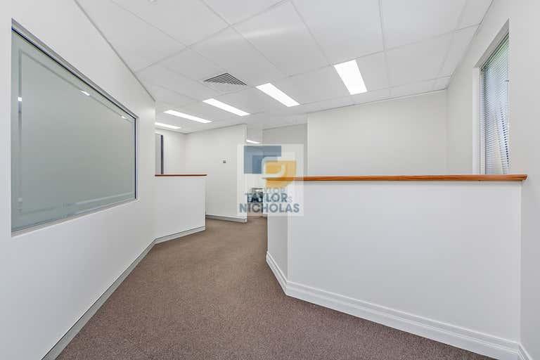 27/5-7 Anella Avenue Castle Hill NSW 2154 - Image 2