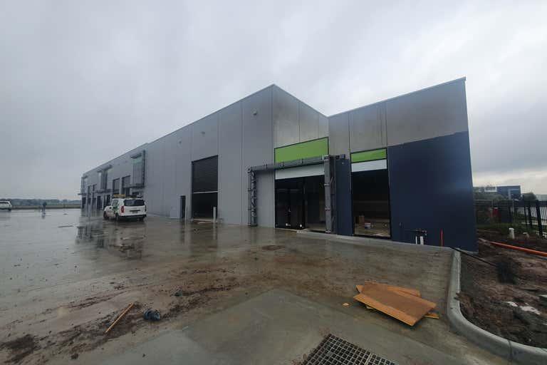 9/37 Industrial Circuit Cranbourne West VIC 3977 - Image 2