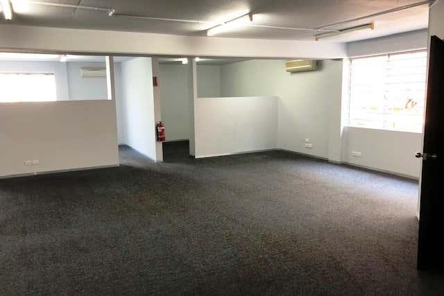 4/9 Frinton Street Southport QLD 4215 - Image 1
