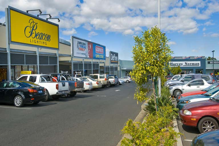 Red Hill Homemaker Centre, Showroom 4, 404-434 YAAMBA ROAD Norman Gardens QLD 4701 - Image 2
