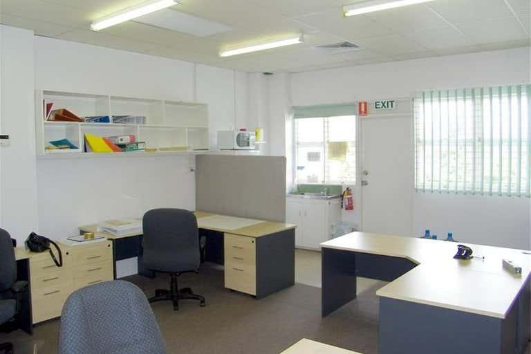 Gladstone Central QLD 4680 - Image 2