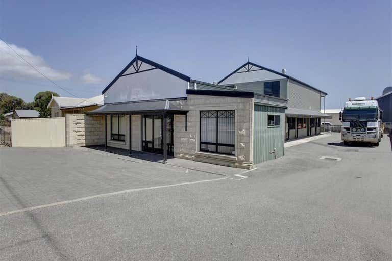 56 St Andrews Terrace Port Lincoln SA 5606 - Image 2