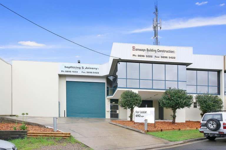 6 Spireton Place Pendle Hill NSW 2145 - Image 1