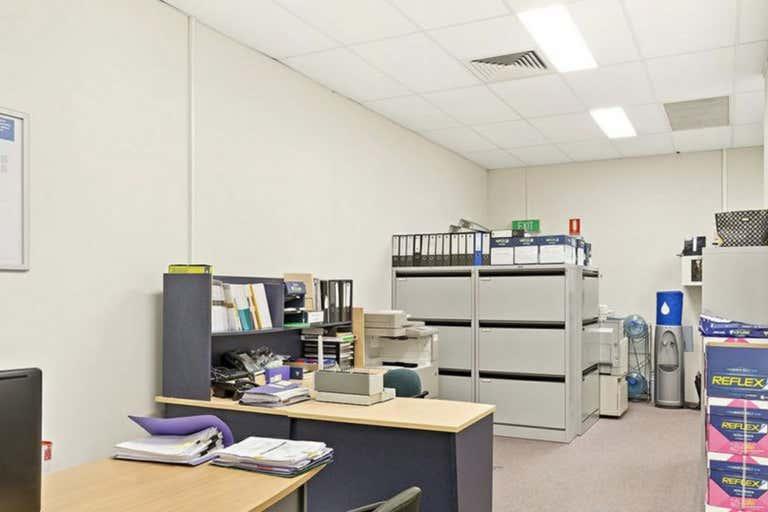 Shop 4, 235 Musgrave Street Berserker QLD 4701 - Image 3