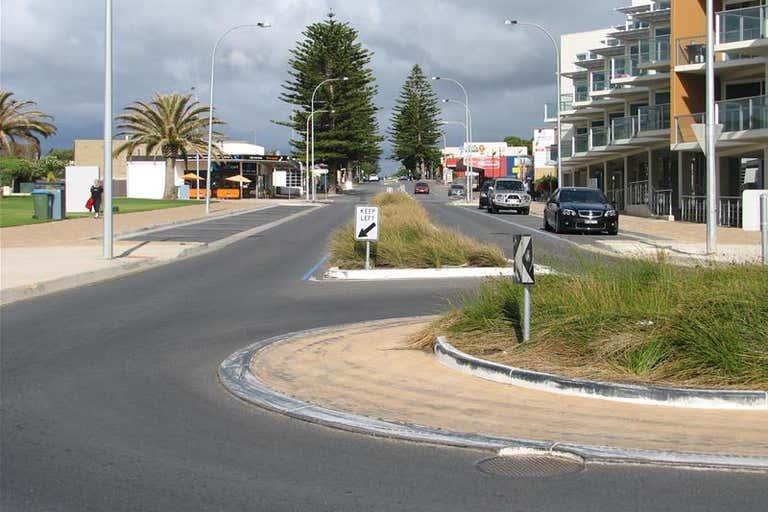 1/48 Beach Road Christies Beach SA 5165 - Image 4
