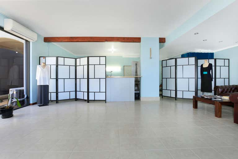 1/33 Princes Highway Fairy Meadow NSW 2519 - Image 2