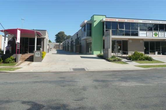 Unit 1, 18 Acacia Avenue Port Macquarie NSW 2444 - Image 3