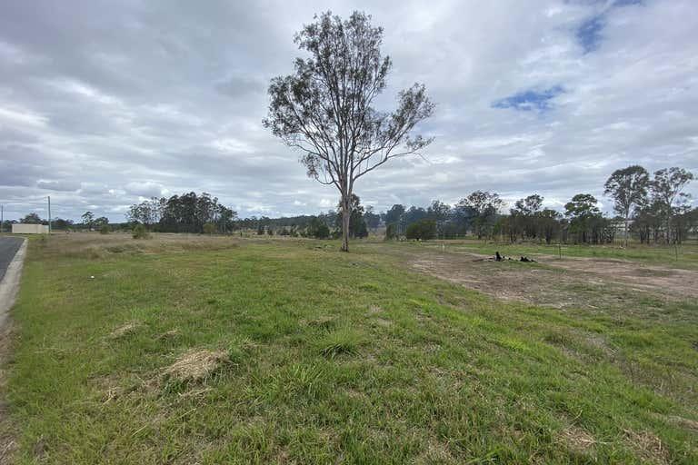11/24 Adonus Close Trenayr NSW 2460 - Image 3