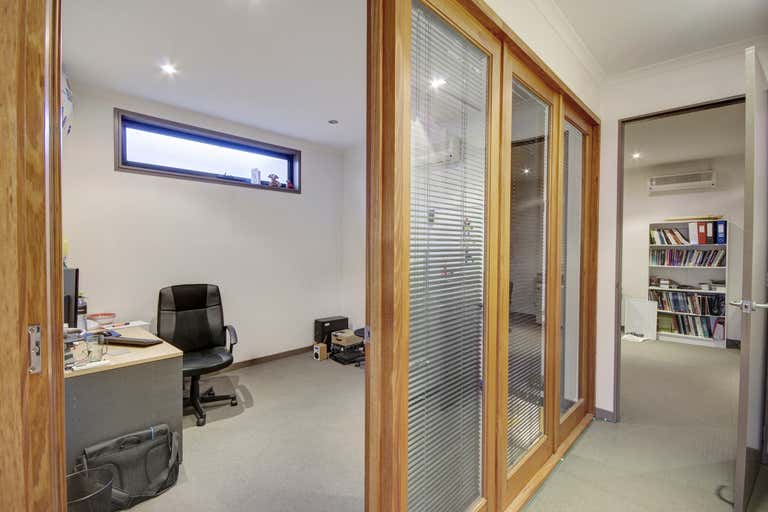 3/2 Fenwick Street South Geelong VIC 3220 - Image 3